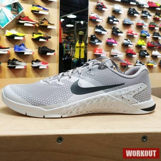 buy popular 076db dbbf7 Man Shoes Metcon 4 - grey