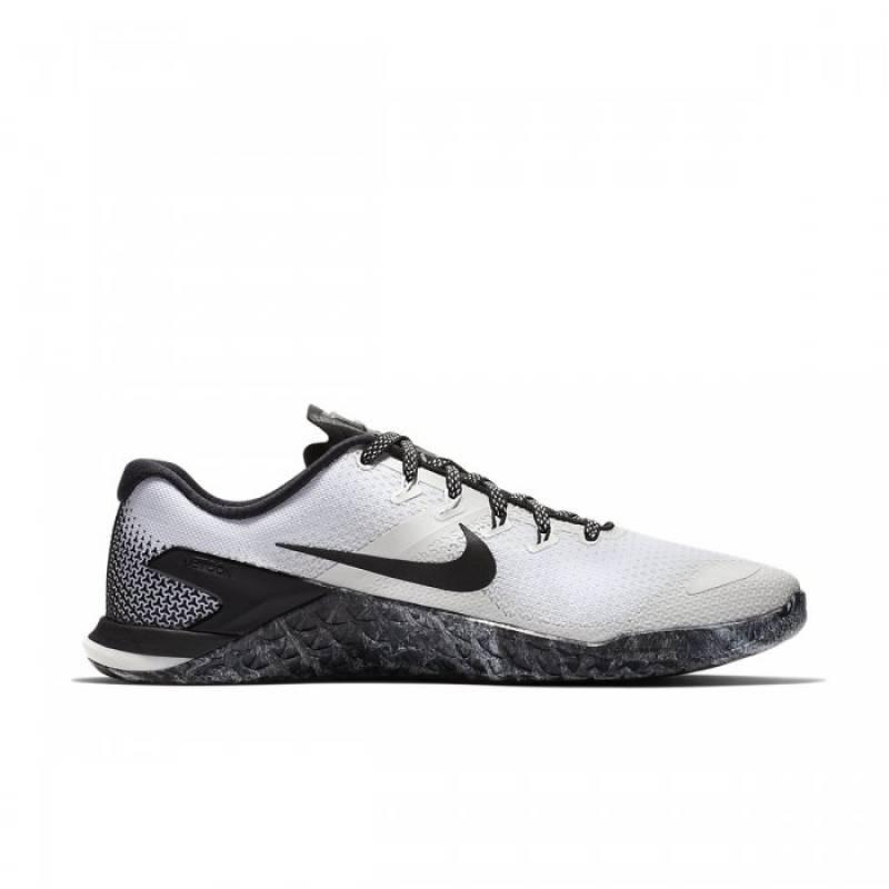 nike shoes metcon 4