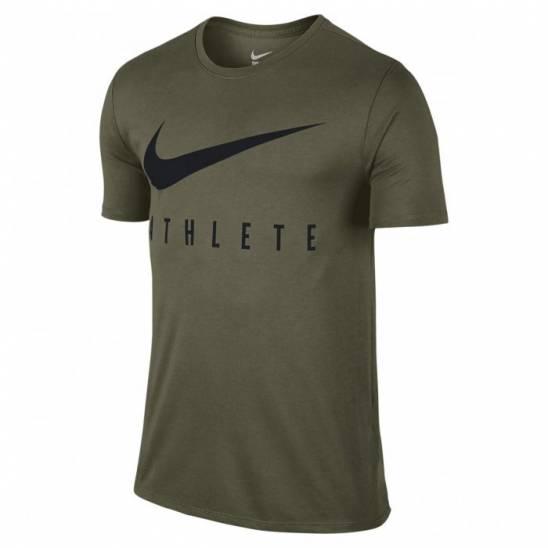 75bfd79c25429 Man T-Shirt Nike Swoosh Athlete - olive - WORKOUT.EU