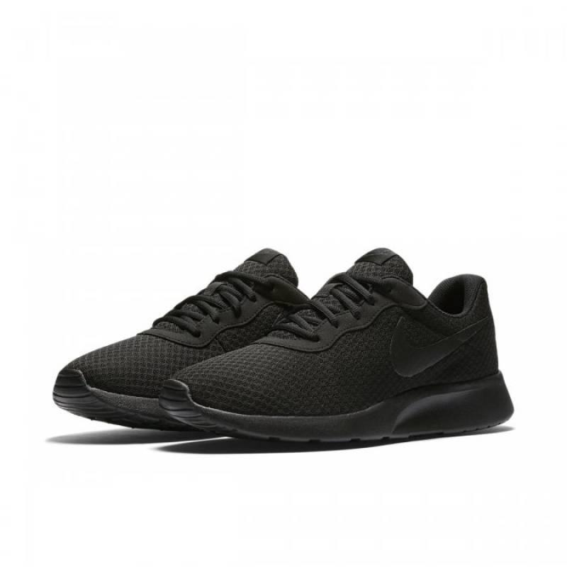 Man Shoes NIKE TANJUN 812654-001 - WORKOUT.EU f31511a7b4