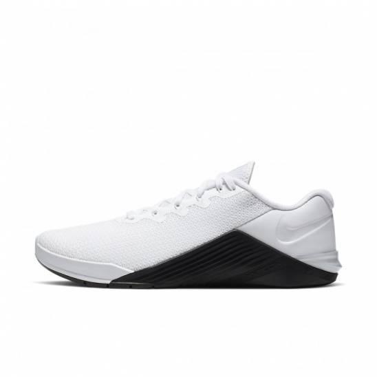 Woman Shoes Nike Metcon 5 - white