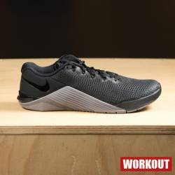Man Shoes Nike Metcon 5 - black