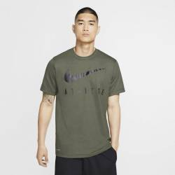 Man T-Shirt Athlete Dri-FIT Swoosh - green/black