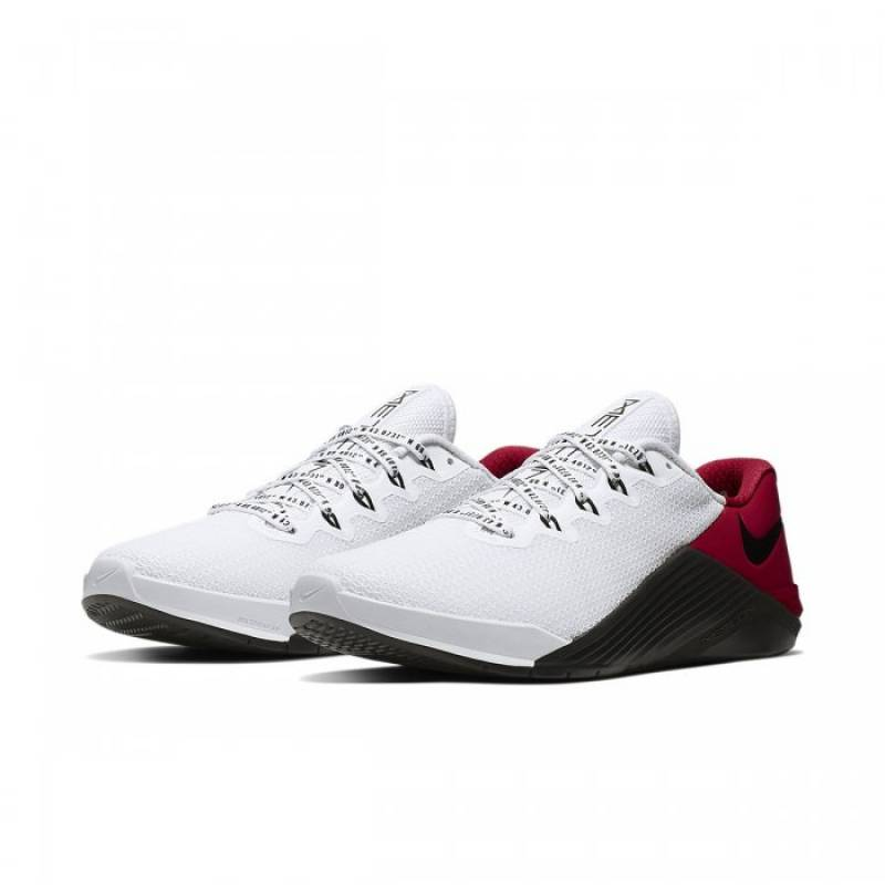 Man Shoes Nike Metcon 5 +
