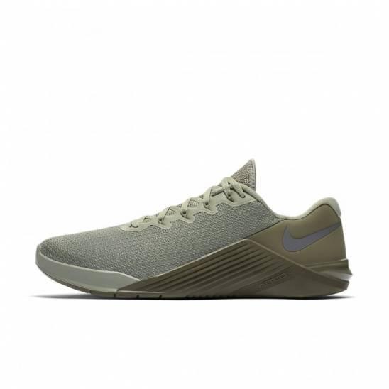 Man Shoes Nike Metcon 5 - green