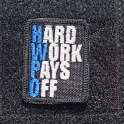 Nášivka Hard work pays off modrá - malá