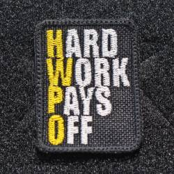 Nášivka Hard work pays off žlutá - malá