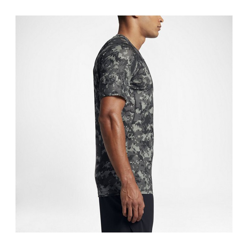 a62dd909 Man T-shirt Nike Pro HyperCool - camo - WORKOUT.EU