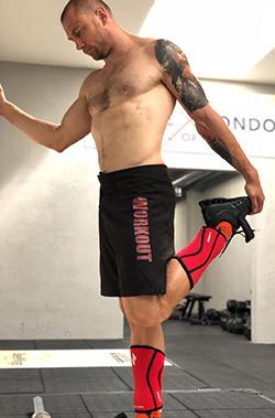 Petr Schlegel - šortky workout